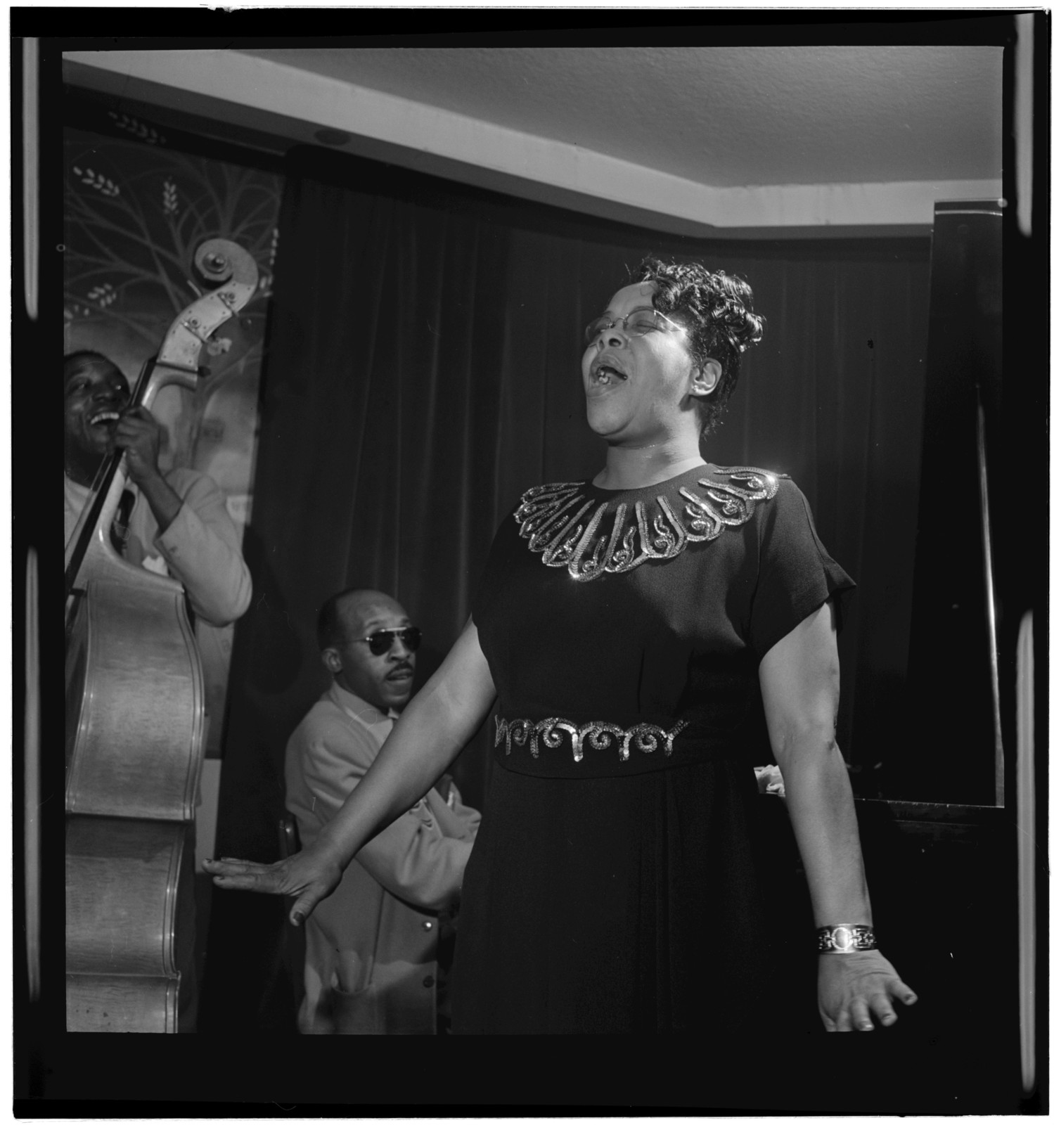 [Portrait of Bertha Chippie Hill, New York, N.Y., between 1946 and 1948]