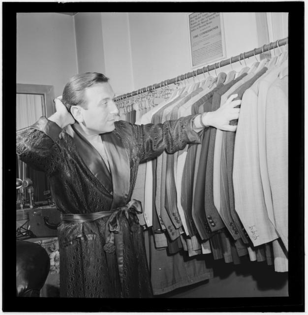 [Portrait of Charlie Spivak, New York, N.Y.(?), ca. Oct. 1946]
