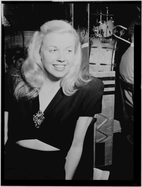 [Portrait of Doris Day, Aquarium, New York, N.Y., ca. July 1946]