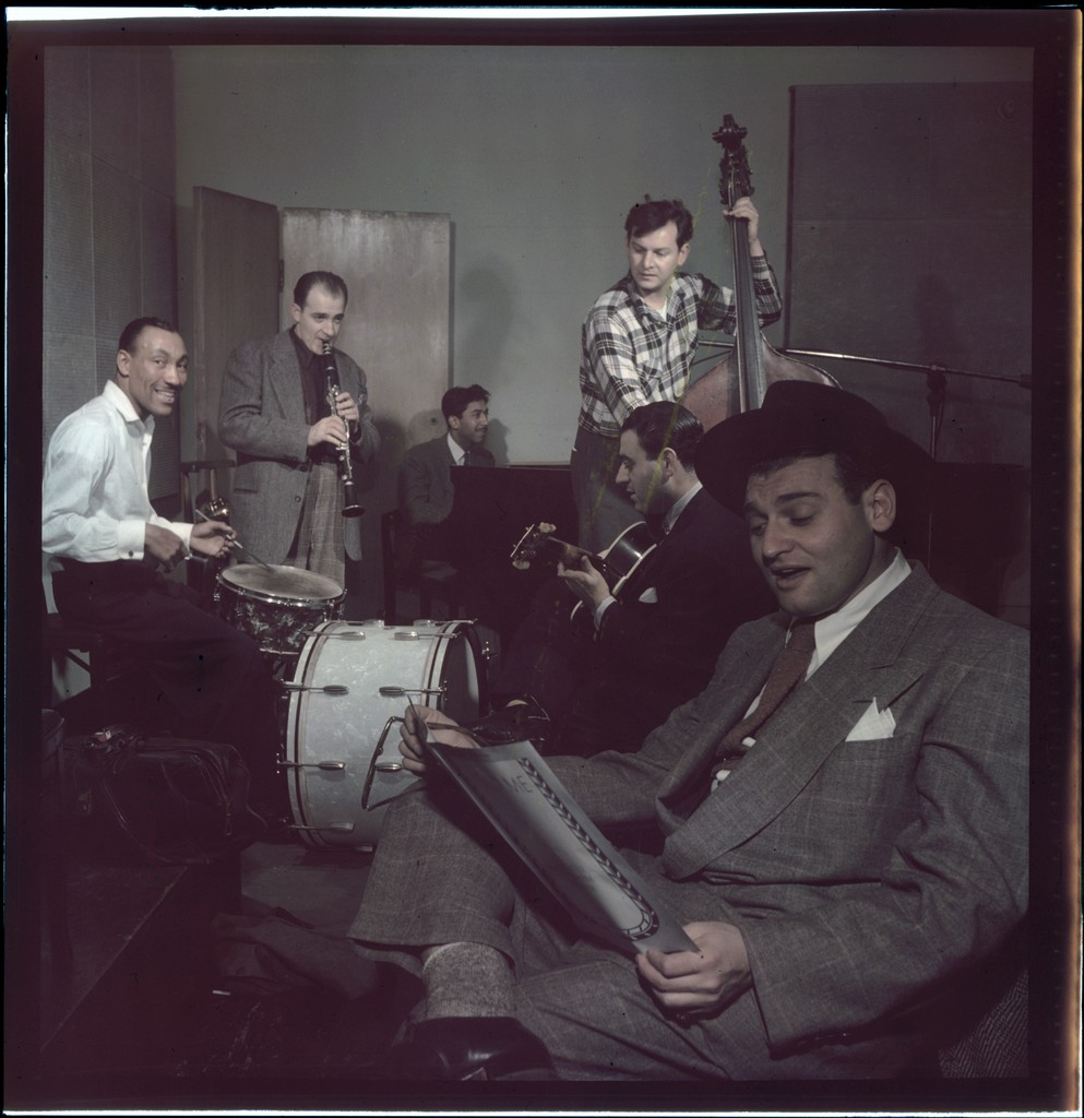 [Portrait of Frankie Laine and Jimmy Crawford, New York, N.Y., between 1946 and 1948]