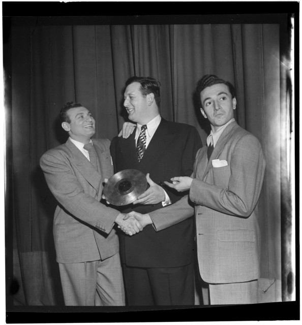 [Portrait of Frankie Laine and Vic Damone, New York, N.Y., between 1946 and 1948]
