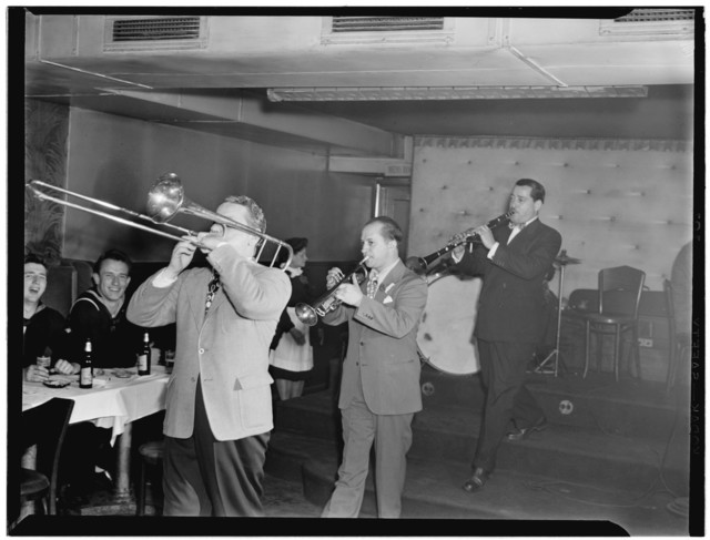 [Portrait of George Brunis and Tony Parenti, Jimmy Ryan's (Club), New York, N.Y., ca. Aug. 1946]