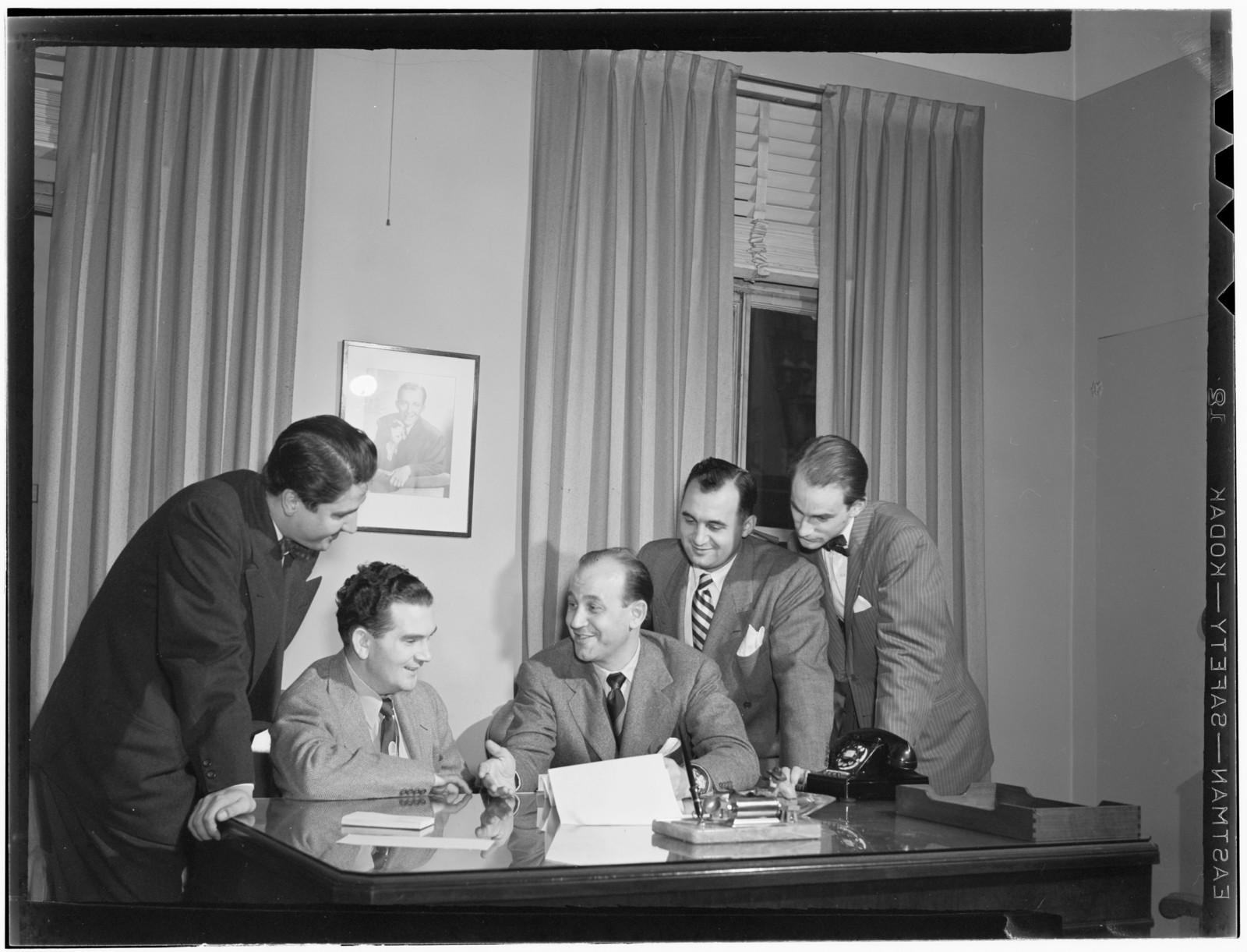 [Portrait of Joe Mooney and Milt Gabler(?), Decca office(?), New York, N.Y., ca. Dec. 1946]