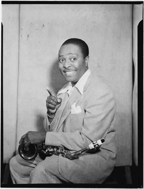 [Portrait of Louis Jordan, Paramount Theater(?), New York, N.Y., ca. July 1946]