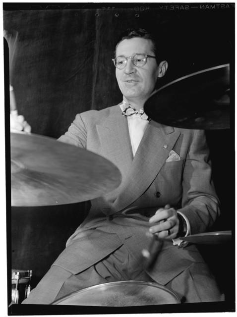 [Portrait of Ray McKinley, Hotel Commodore, New York, N.Y., ca. Apr. 1946]