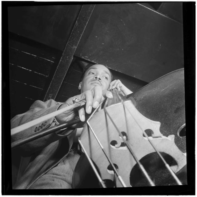 [Portrait of Slam Stewart, Three Deuces(?), New York, N.Y., between 1946 and 1948]