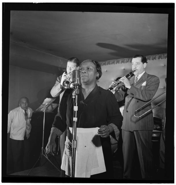 [Portrait of Tony Parenti and Wild Bill Davison, Jimmy Ryan's (Club), New York, N.Y., ca. Aug. 1946]