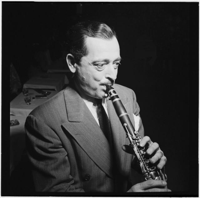 [Portrait of Tony Parenti, Jimmy Ryan's (Club), New York, N.Y., ca. Aug. 1946]