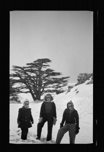 Tripoli. Family films, the Dechards