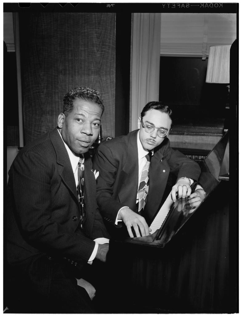 [Portrait of Bernie Benjamin and George (George David) Weiss, New York, N.Y., ca. Apr. 1947]