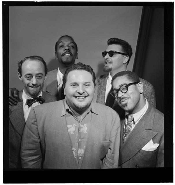 [Portrait of Dave Lambert, John Simmons, Chubby Jackson, George Handy, and Dizzy Gillespie, William P. Gottlieb's office, New York, N.Y., ca. July 1947]