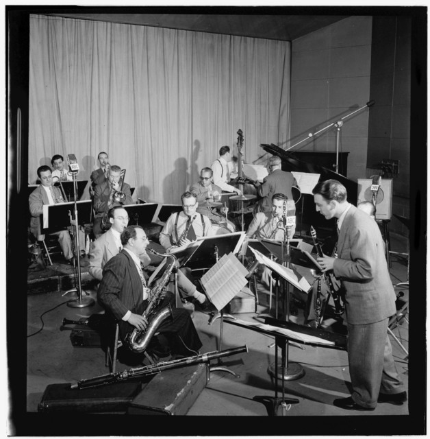 [Portrait of Hank D'Amico, Spots Esposito, Bobby Hackett, Walter Mercurio, Vernon Brown, Herman Yorks, Joseph Small, Sidney Stoneburn, Arthur Rollini, George Wettling, Felix Giobbe, and Tony Colucci, Museum of Modern Music program, ABC studio, New York, N.]