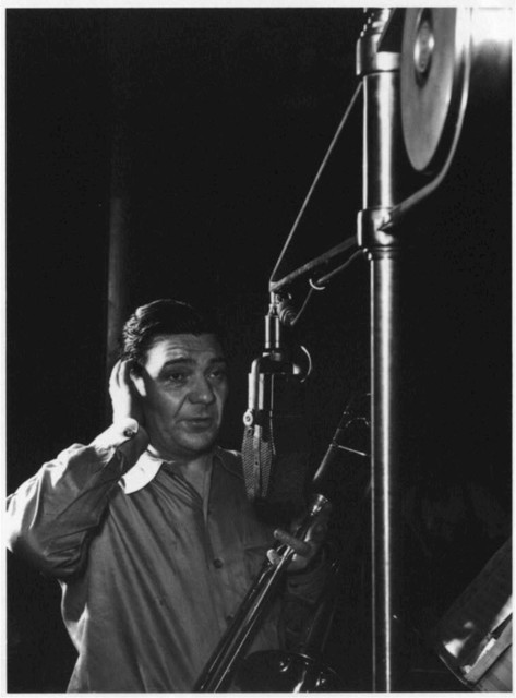 [Portrait of Jack Teagarden, Victor studio, New York, N.Y., ca. May 1947]