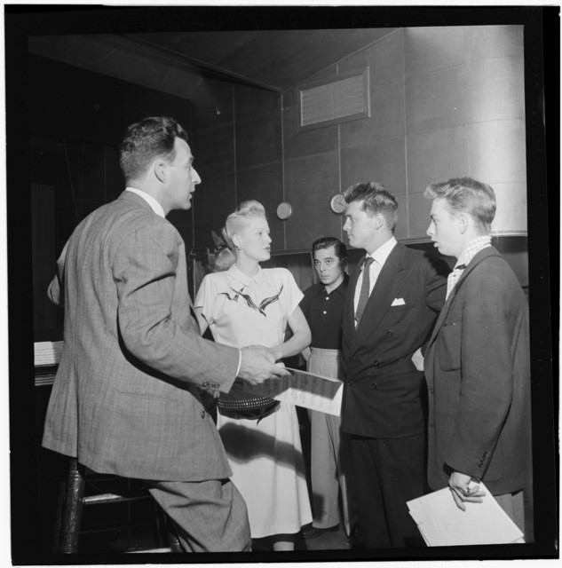 [Portrait of Jerry Wald, Gordon MacRae, Mel Tormé, Marion Hutton, and Jerry Jerome, Saturday Teentimers Show, New York, N.Y., ca. Aug. 1947]