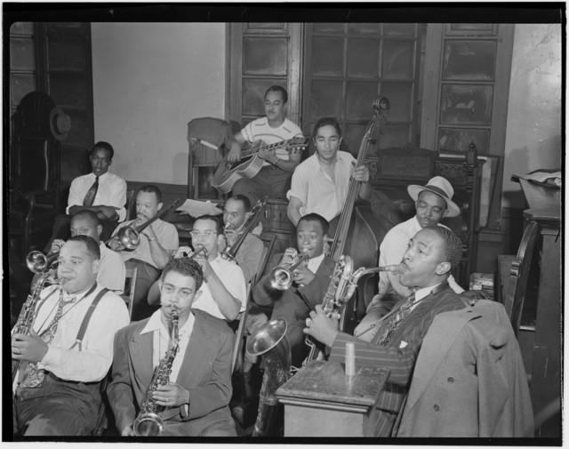 [Portrait of Joe Thomas and Eddie Wilcox, Loyal Charles Lodge No. 167, New York, N.Y., ca. Oct. 1947]