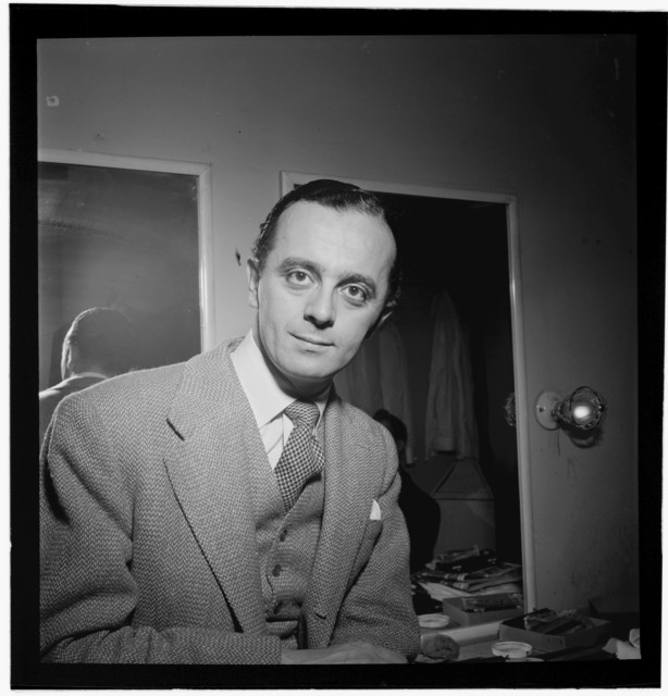 [Portrait of Larry Adler, City Center, New York, N.Y., ca. Jan. 1947]