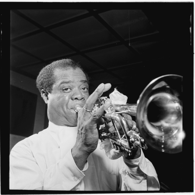 [Portrait of Louis Armstrong, Carnegie Hall, New York, N.Y., ca. Apr. 1947]