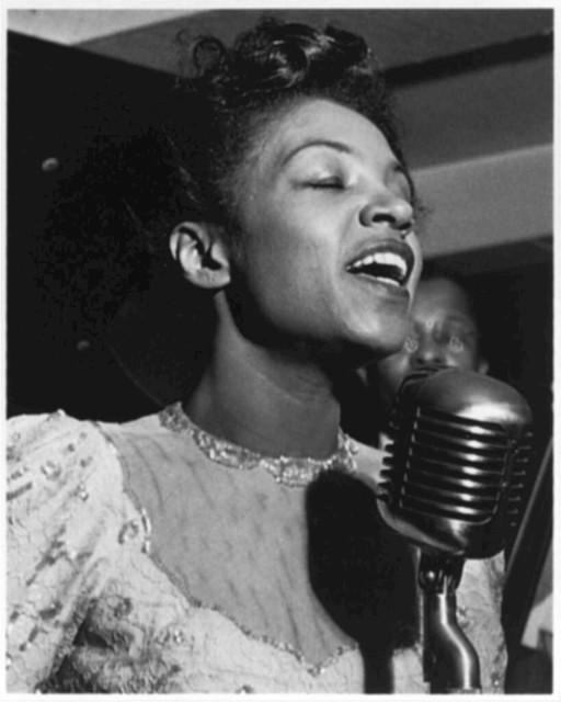[Portrait of Maxine Sullivan, Village Vanguard, New York, N.Y., ca. Mar. 1947]