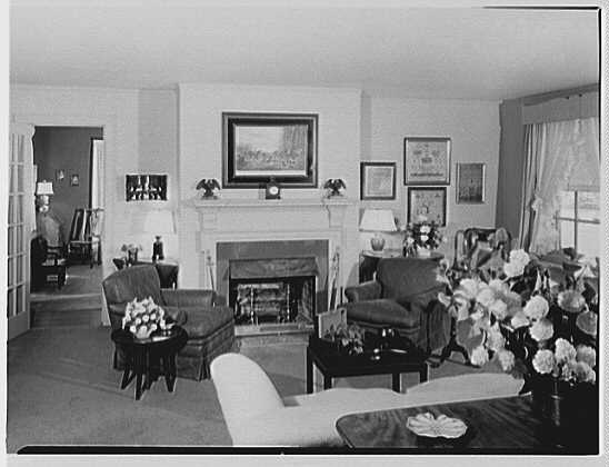 Richard Kops, residence at 2 Richbell Rd., Scarsdale, New York. Bedroom, to fireplace