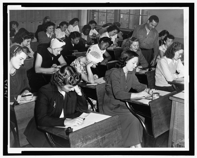 [Women taking the qualifying exam for the New York City police force] / World Telegram & Sun photo by Dick De Marsico.
