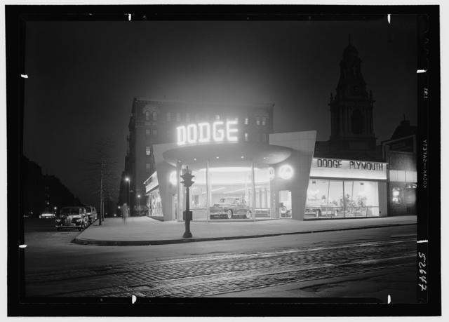 L Motors, business at 175th St. and Broadway, New York City. General view