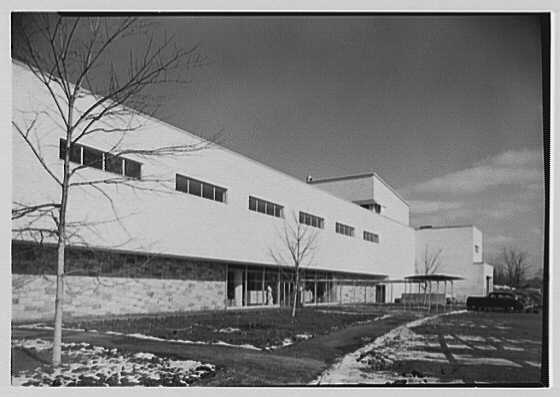 Lord & Taylor, business in Westchester. Exterior II