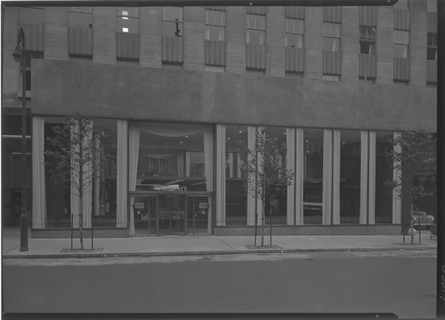 Schrafft's, Esso Building, Rockefeller Center, New York City. 52nd St. exterior I, curtains open
