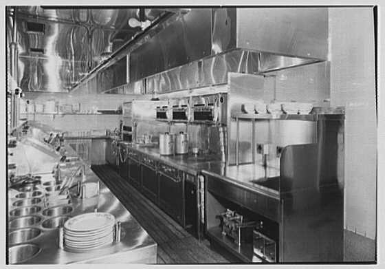 Schrafft's, Esso Building, Rockefeller Center, New York. Short order department