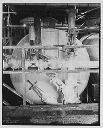 Dominion Alkali & Chemical Co., Ltd., Beaunhois [i.e. Beauharnois], Canada. Leaking valve