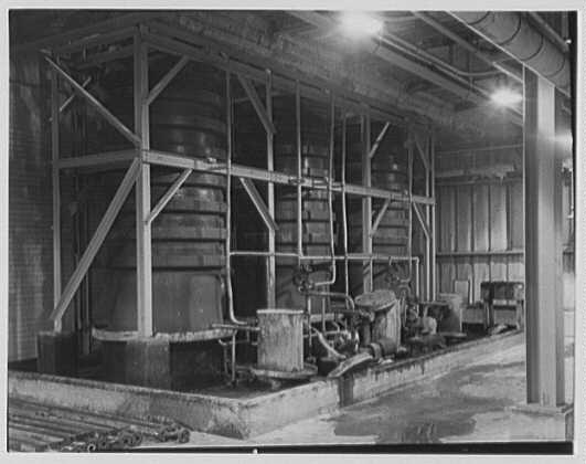 Dominion Alkali & Chemical Co., Ltd., Beaunhois [i.e. Beauharnois], Canada. Pots (Ralph Lamie)