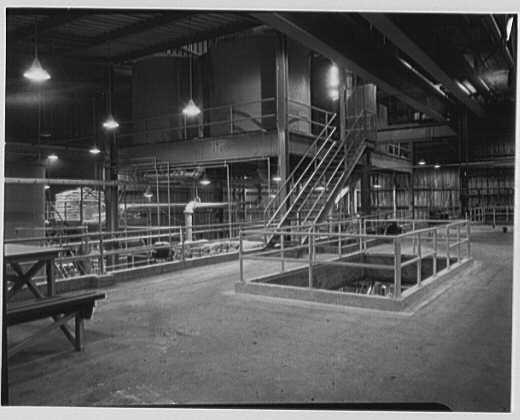 Dominion Alkali & Chemical Co., Ltd., Beaunhois [i.e. Beauharnois], Canada. Tank and plant