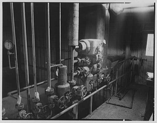 Dominion Alkali & Chemical Co., Ltd., Beaunhois [i.e. Beauharnois], Canada. Valves (Ralph Lamie)