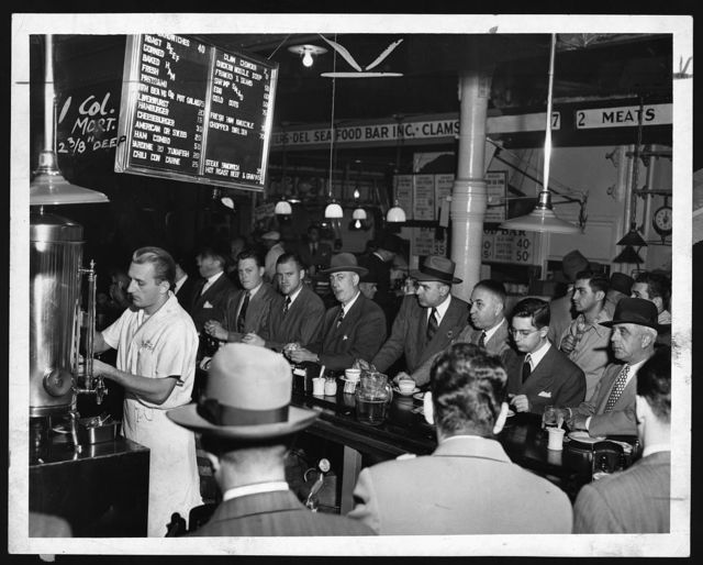[People eating at Pete's Bar in Washington Market] / World Telegram & Sun photo by Al Aumuller.