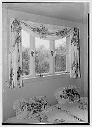 William J. Schultze, residence at 32 Parsonage Hill Rd., Short Hills, New Jersey. Guest room window