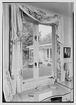William J. Schultze, residence at 32 Parsonage Hill Rd., Short Hills, New Jersey. Master bedroom window