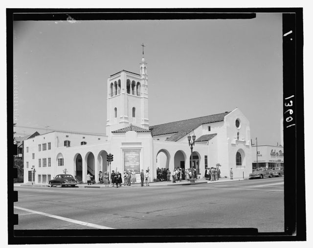 First Congregational Church in Glendale (Central & Wilson Ave's), May 1951. Total bldg.