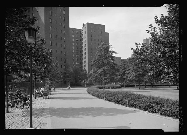 Stuyvesant Town, 14th St., New York City. Curved walk