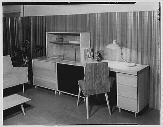 Berge-Norman Associates, business at 45 E. 28th St., New York City. Setup III