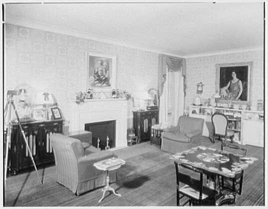 Mrs. Howell Howard, residence at 895 Park Ave., New York City. Playroom