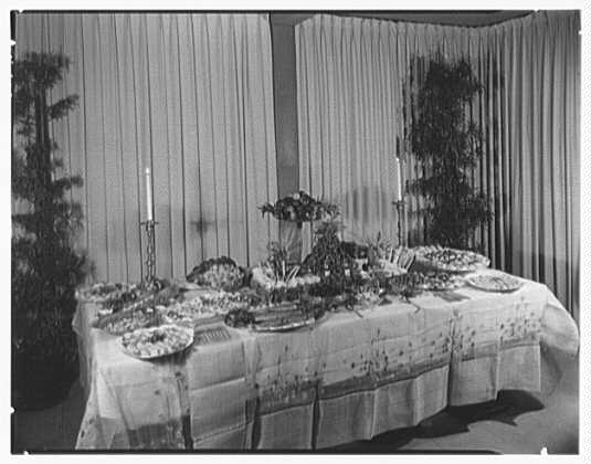 Patricia Murphy, business in Manhasset, Long Island. Party table I