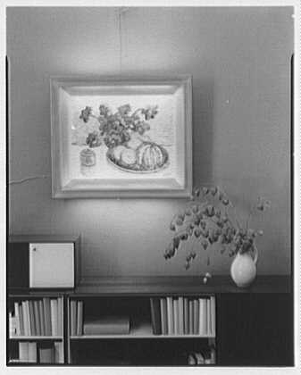 Lightolier picture frames, at Herman Miller. Setup I