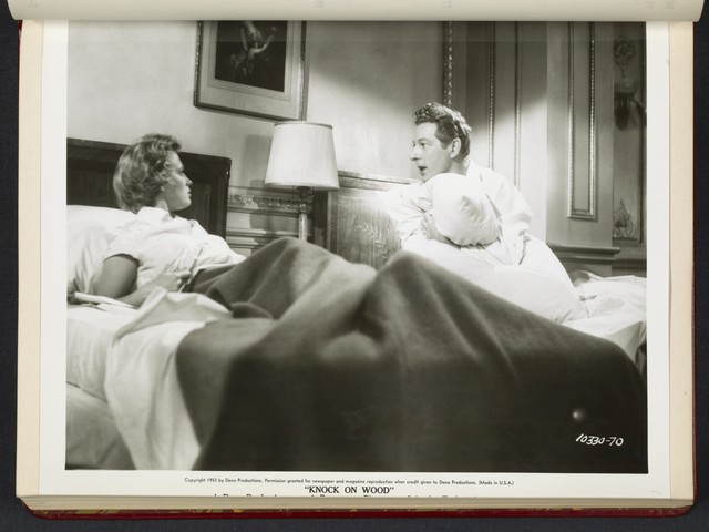 "[ Mai Zetterling and Danny Kaye in hotel room - scene from ""Knock on Wood""]"