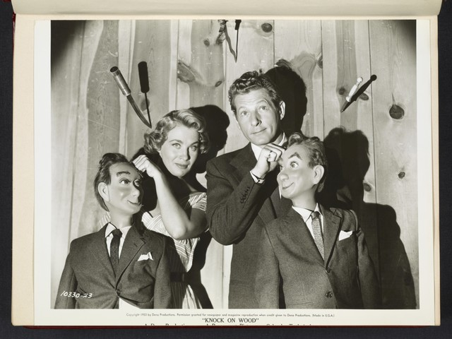 "[ Mai Zetterling and Danny Kaye with ventriloquist dolls - scene from ""Knock on Wood""]"