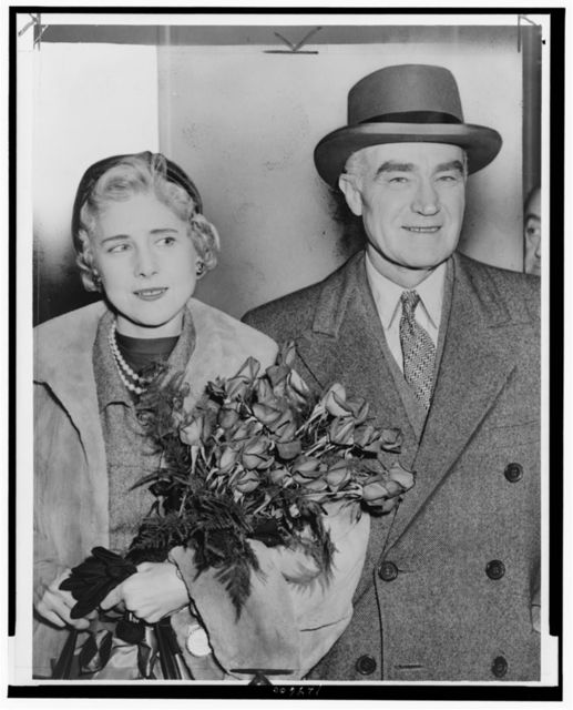 [Clare Boothe Luce, U.S. ambassador to Italy, and husband, publisher Henry Luce, arriving at Idlewild Airport, New York, New York] / World Telegram & Sun photo by Phil Stanziola.