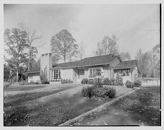 Joseph Lieberman, residence on Parsonage Hill Rd., Short Hills, New Jersey. South entrance facade I