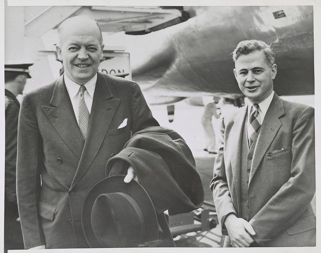 Stassen arrives in London for discussions Harold Stassen (left), director of the Foreign Operations Administration, arrived at the London airport on March 27th and was greeted by Lincoln Gordon (right).