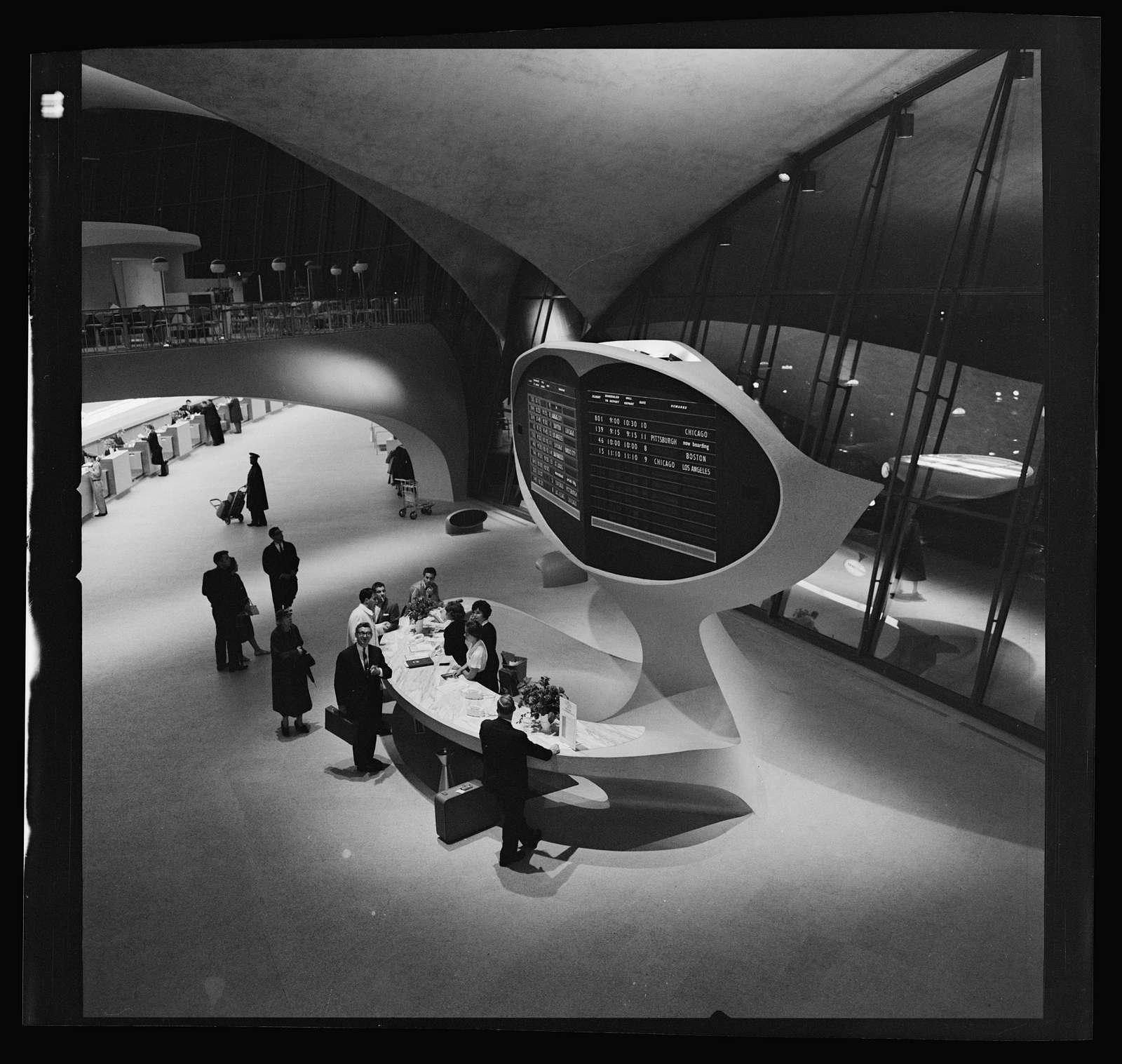 Trans World Airlines Terminal, John F. Kennedy (originally Idlewild) Airport, New York, New York, 1956-62. Information desk