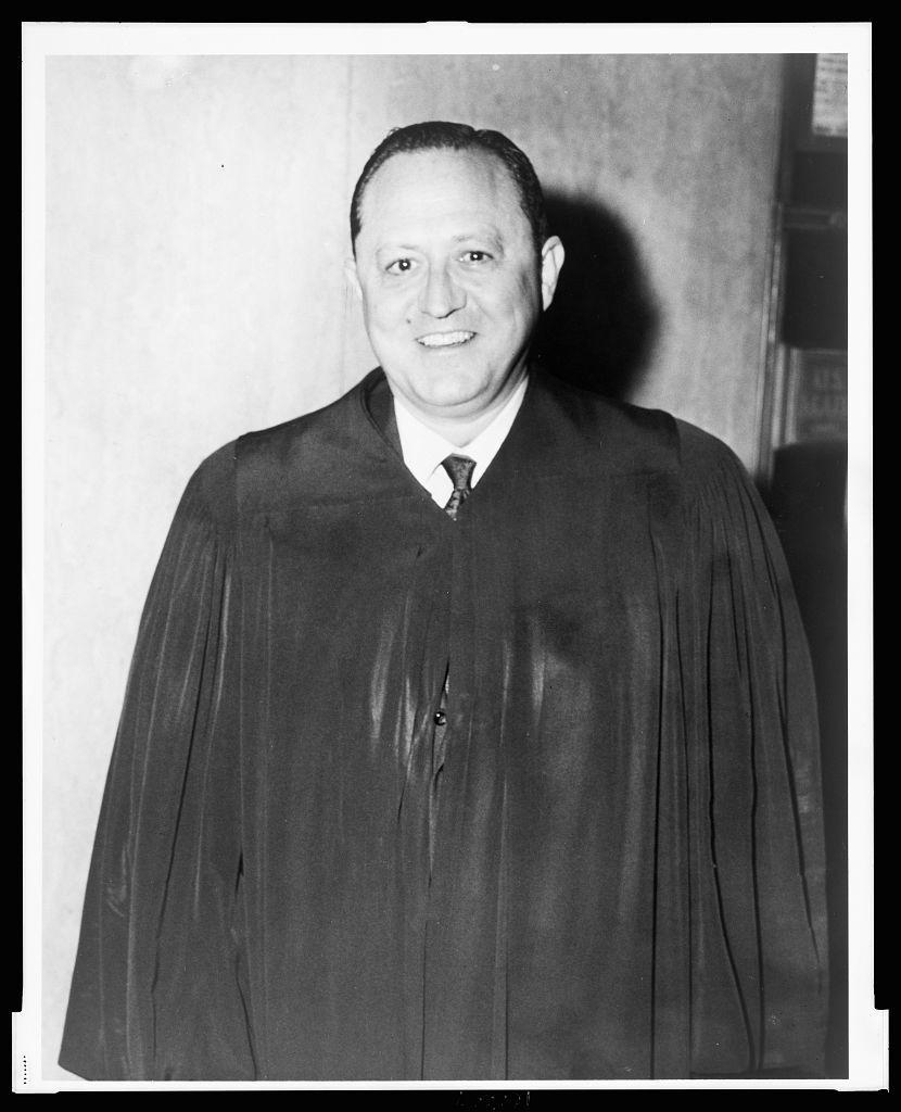 [Irwin D. Davidson, judge, half-length portrait, facing front, wearing judicial robe] / World Telegram & Sun photo by Phil Stanziola.