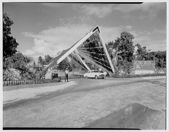 Arawak Hotel, Jamaica, British West Indies. Entrance gate
