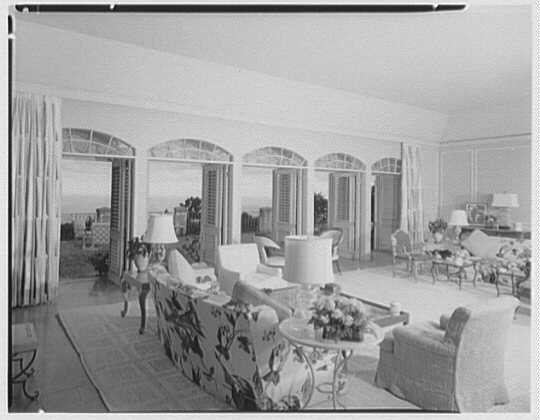 Dr. & Mrs. Matthew Mellon, residence at Runaway Bay, Jamaica, British West Indies. General view of living room